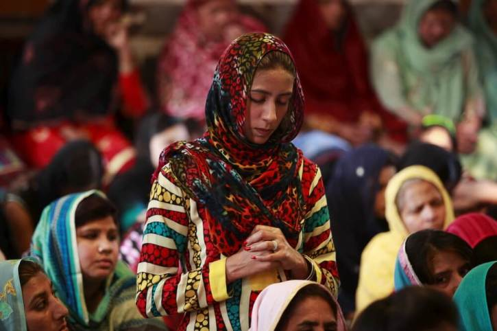Pakistan Returns 12-Y-O Christian Girl Who Was Forced Into