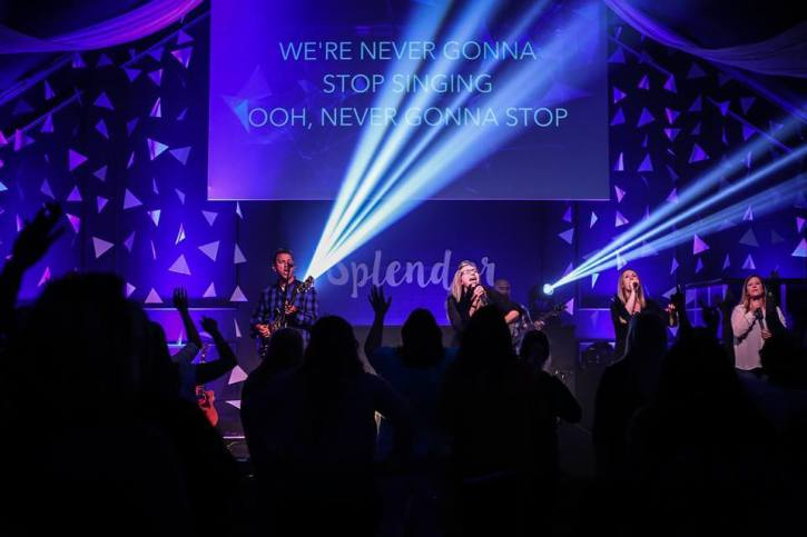 Creative Worship Services Drawing the Young, but Some Worry