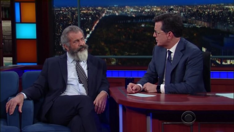 Mel Gibson (R) and Stephen Colbert (L)