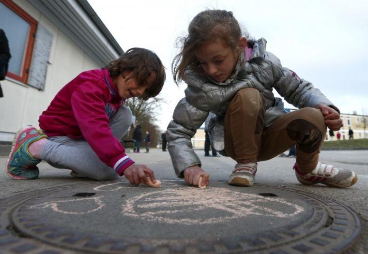 German migrant children