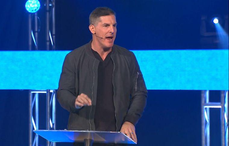 Pastor Craig Groeschel