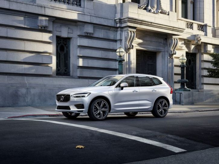 A Promotional Image For The 2018 Volvo Xc60 Photo