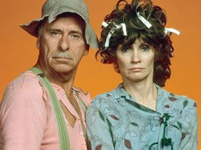 Gordie Tapp and Roni Stoneman