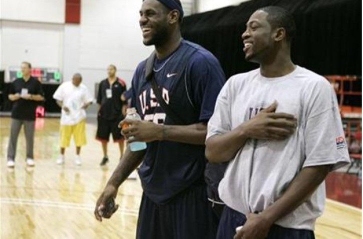 58fd2691fbc LeBron James (L) and Dwyane Wade laugh during training camp with the USA  Basketball Men s Senior National Team at the Cox Pavilion in Las Vegas