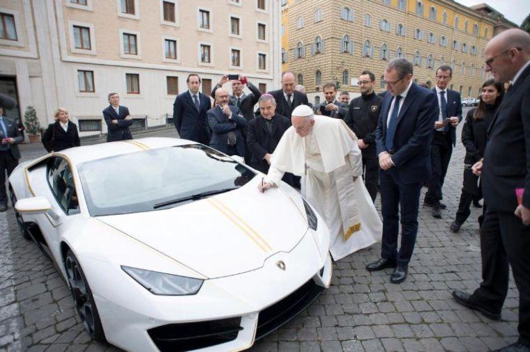 Pope Francis, Lamborghini