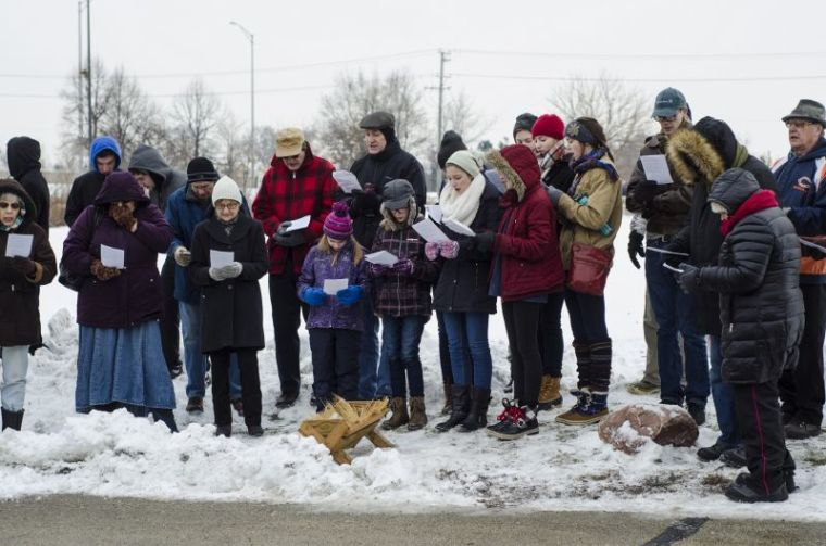"Pro-Life Group Sings Christmas Carols Outside Abortion Clinics for Seventh Annual ""Peace in the Womb"" Event"