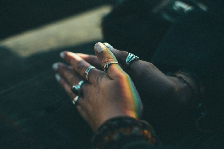 Survey Finds Only 45% of Americans Pray on a Daily Basis