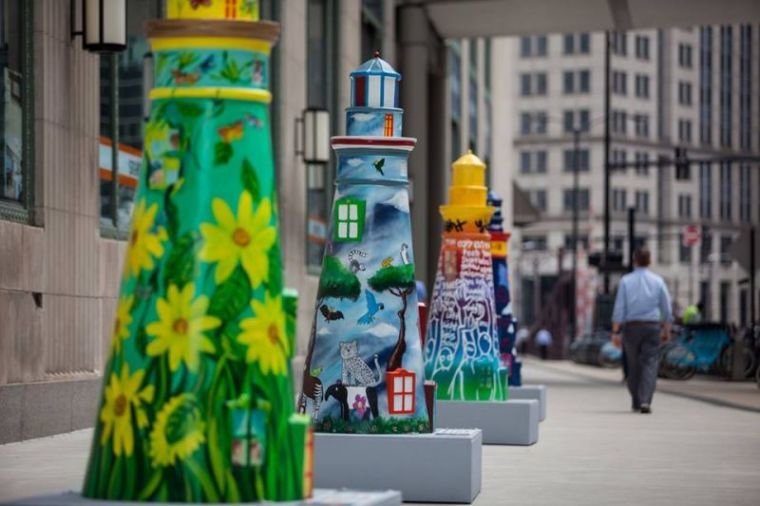 Lighthouses on The Mag Mile