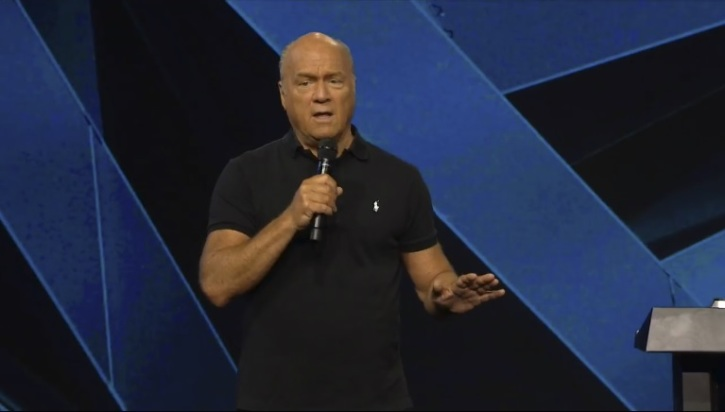 Greg Laurie Slams 'Abortion Can Be Funny,' Pedophilia Is 'Natural