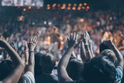 Pastor, worship, pexels