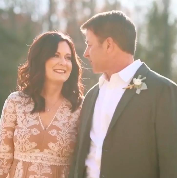Lysa Terkeurst's husband praises wife for fighting for marriage
