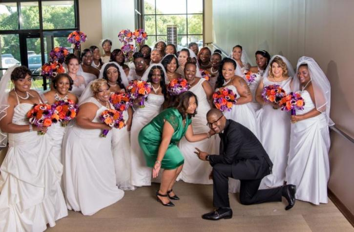 Texas church offers free weddings to dozens of cohabiting