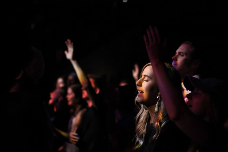 Study: Most churchgoers say they can walk with God alone