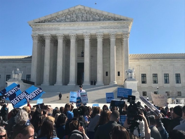 Supreme Court Rejects Pro-Life Group's Request to Create 'Buffer Zone' Around Abortion Clinics