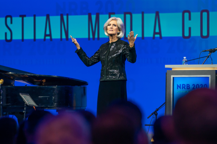 Anne Graham Lotz Says There is No Hope for America 'Until We Come Back to the Lord Through Repentance and Prayer', Believes the U.S. is Facing the 'Judgment of God' for 'Shaking Its Fist' in His Face