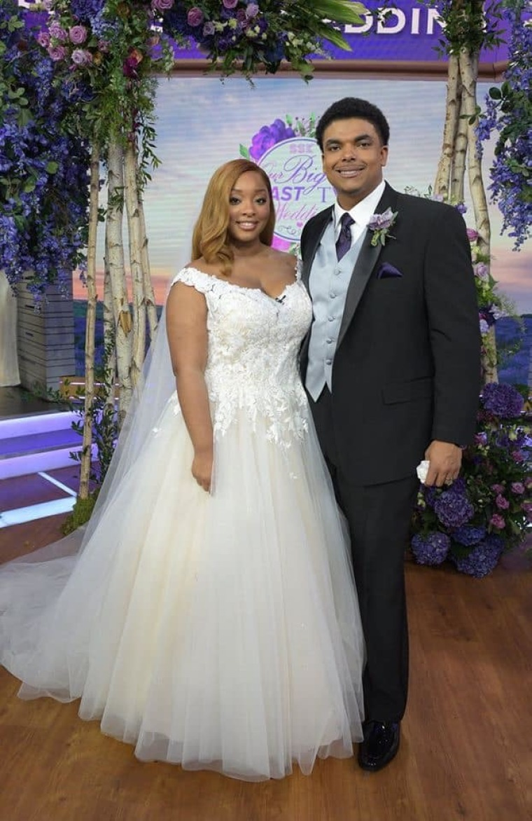 "WATCH: North Carolina Youth Pastor Joshua Powell Marries High School Sweetheart on ABC's ""Strahan, Sara & Keke"" After Viral Proposal"