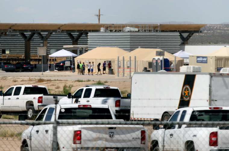 detention center, immigrants