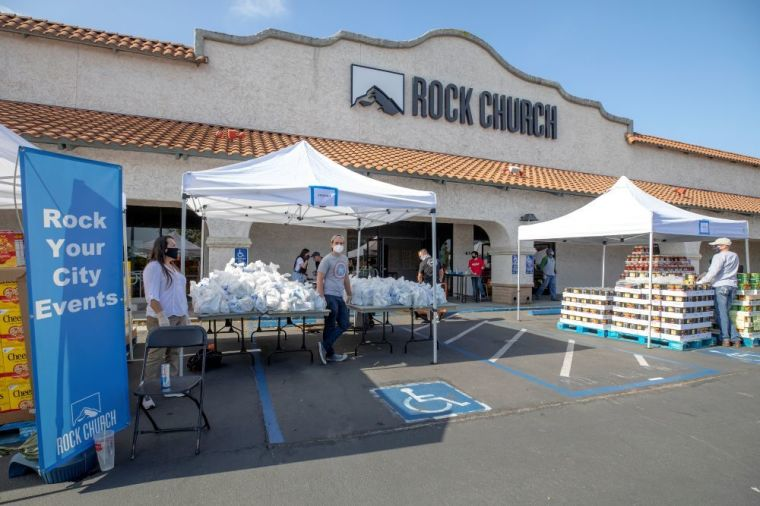 Rock Church in Southern California Distributes Over ,000 in Groceries to Families In Need