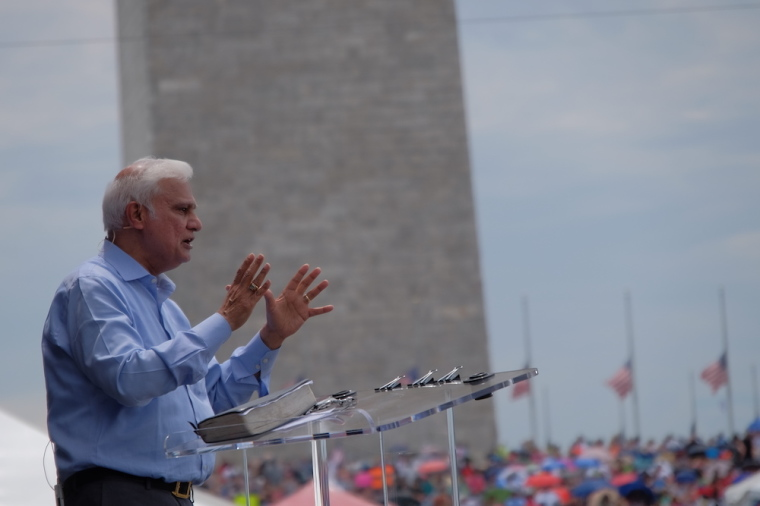 RZIM Halts All Fundraising Activities After Report Exposing Ravi Zacharias' Sexual Misconduct