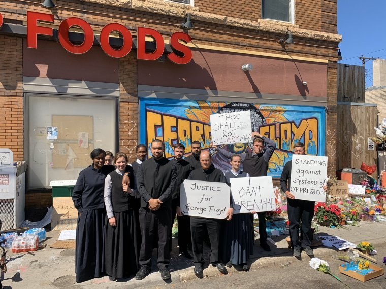 WATCH: Members of the Church of God in Greenville, Ohio, Protest Death of George Floyd in Front of Cup Foods Store Where He Died in Minneapolis