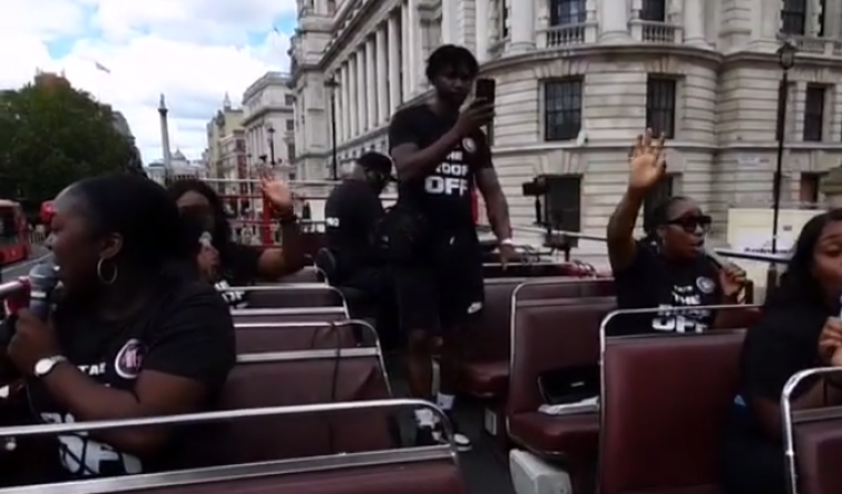 Worship the King Music Group Holds Worship Service on Double-Decker Bus Through London in Effort to Start Awakening