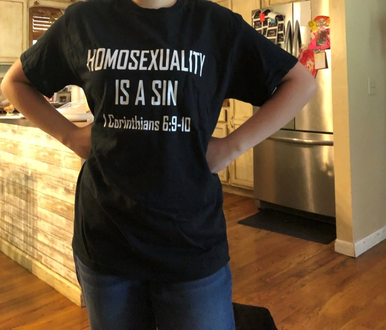 Tennessee High School Student Sent Home for Wearing 'Homosexuality is a Sin' T-Shirt