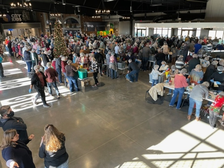 Hope City Church of Joplin in Missouri Packs Over 40,000 Meals for People in Need