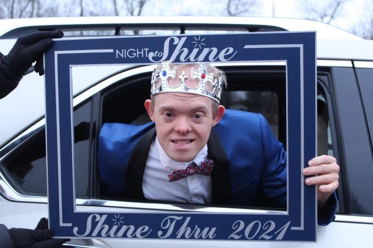 Night to Shine-Thru 2021