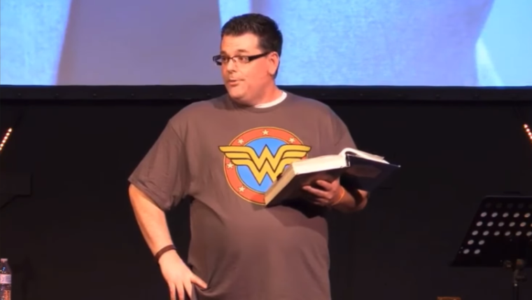 Missouri Pastor 'Deeply Sorry' for 'Insensitive and Unbiblical' Sermon Telling Women to Stay Slim, Wear Makeup, and be Sexually Available for Their Husbands