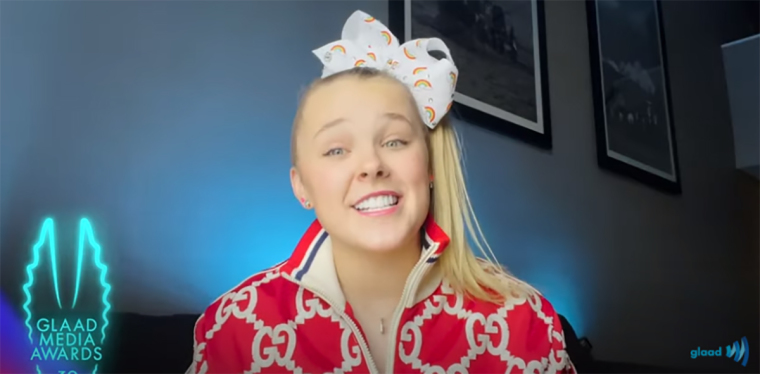 Here We Go: JoJo Siwa Tells Child Fans at GLAAD Media Awards 'You Can be in Love With Whoever You Want'