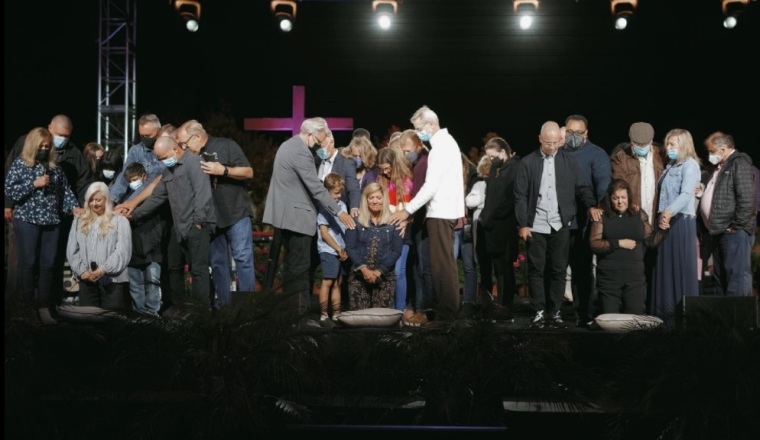Saddleback Church Ordains First Three Female Pastors