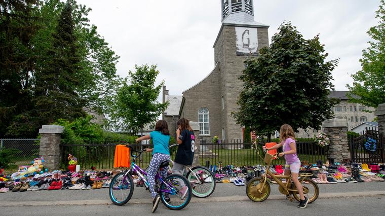 Canada, Catholic school