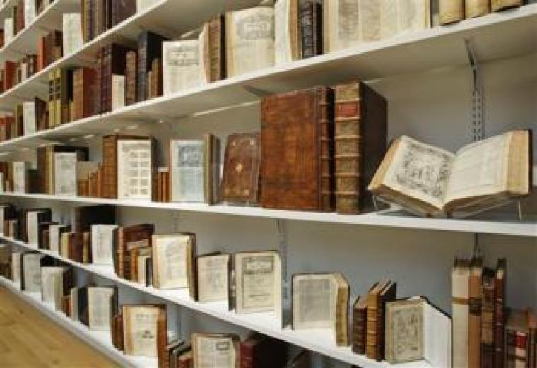 Hebrew books