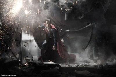 Warner Bros Reveals First Superman Image