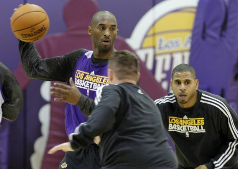 watch lakers vs mavericks live online free