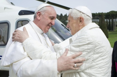 Popes Francis (L) and Benedict XVI (R)