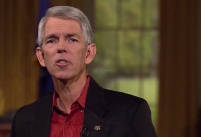 """David Barton's organization WallBuilders describes itself as """"dedicated to presenting America's forgotten history and heroes, with an emphasis on the moral, religious and constitutional foundation on which America was built.'"""