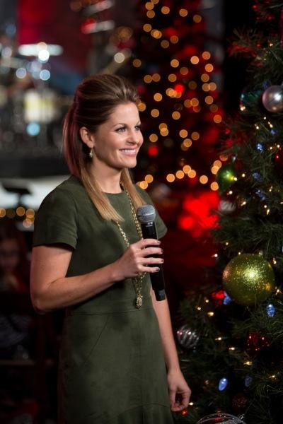 K Love Christmas.Candace Cameron Bure Hosts Tonight S K Love Music City