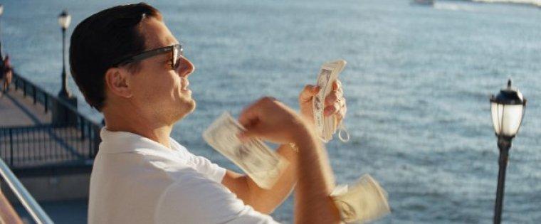 Jordan Belfort Throwing Money