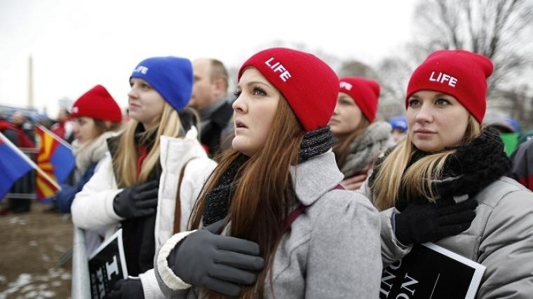 Pro-life marchers