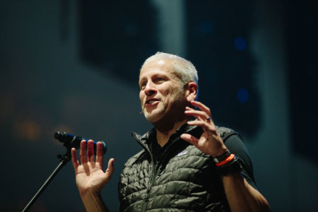 Louie Giglio Q A Millennials May Be Leaving The Church But They Re Walking Toward Christ Part 1 The Christian Post