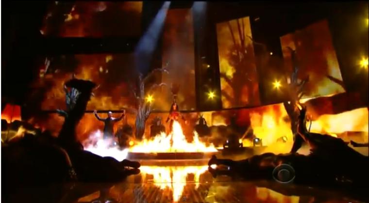 'Satanic' Katy Perry 'Dark Horse' Performance