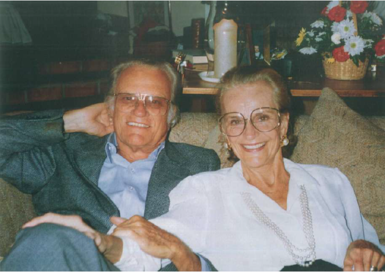 Ruth and Billy Graham as an Elderly Couple