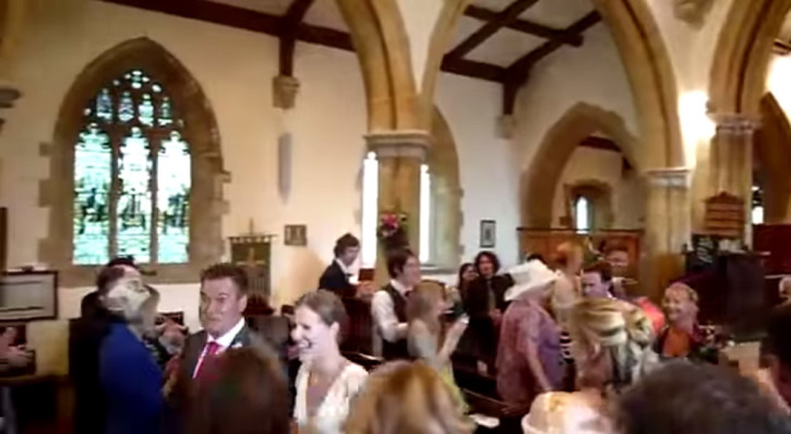 Worst Wedding Organist Ever? You've Never Heard the 'Wedding March
