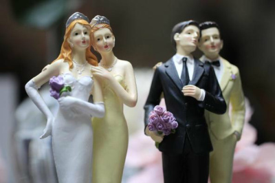 gay marriage figurines