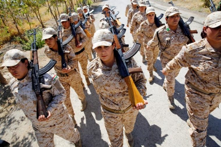 Kurdish Peshmerga female fighters