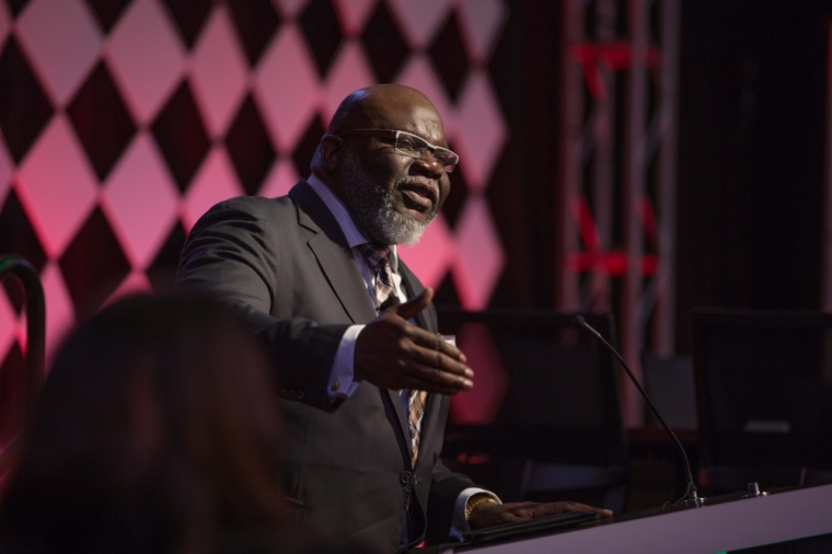TD Jakes warns the Church has become 'deaf,' consumed with 'tribalism' picture