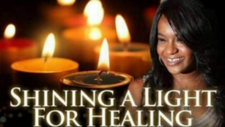 Bobbi Kristina Brown's Family Holds Prayer Vigil: 'God is in