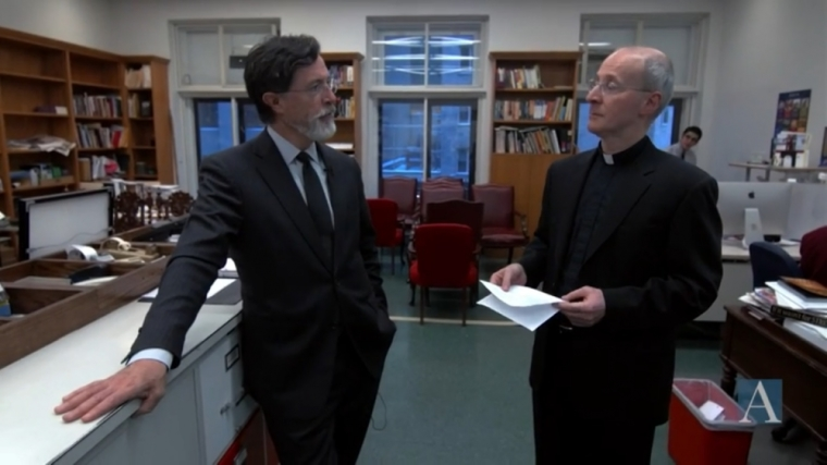 Stephen Colbert (L) and Fr. James Martin (R)