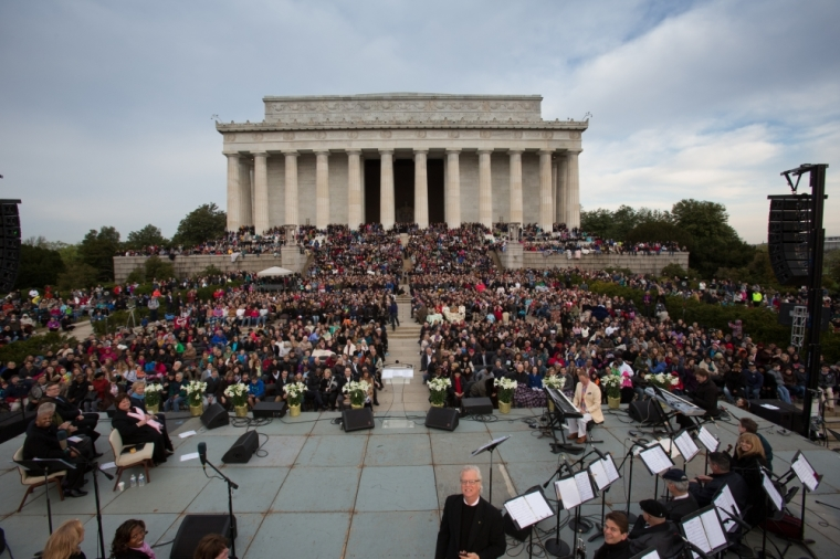 Lincoln Memorial Easter sunrise service